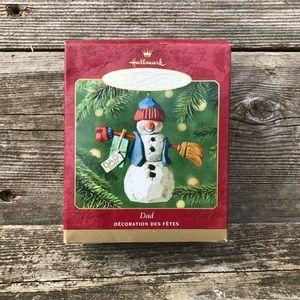 Hallmark Dad Keepsake Ornament Family Snowman 2001